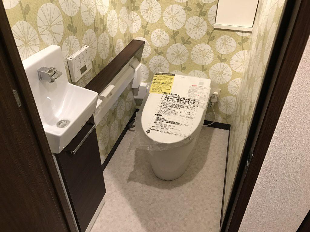 東京都内 トイレ内装セット工事